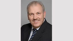 Wenden Sie sich an eMobility Berater Uwe Aeikens.