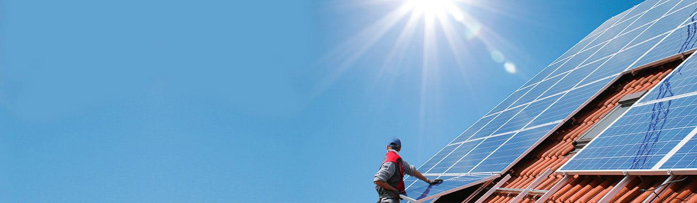 So einfach lässt sich Solarstrom mit einem Hausspeicher sichern.
